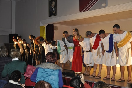 bir-efes-masali-2013-4