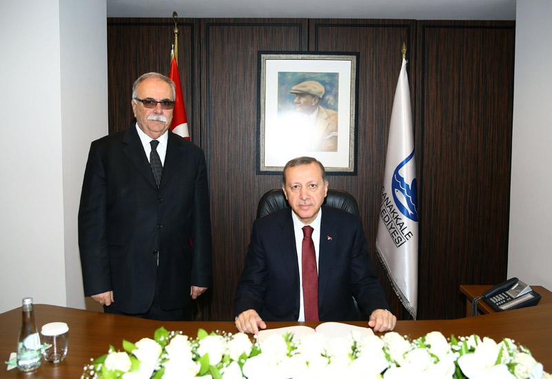 ulgur-erdogan-canakkale-belediyesinde-foto-20150314-canakkale-05-belediye